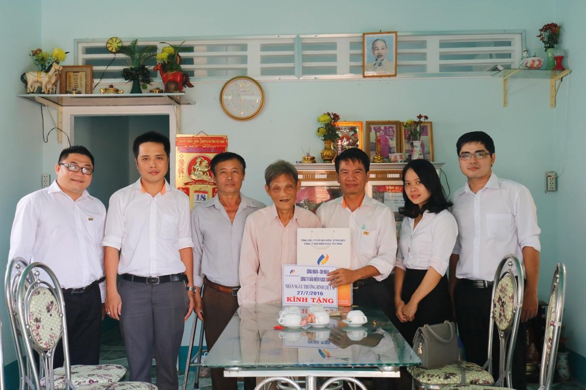 PJICO Tây Ninh thăm tặng quà cho gia đình thương binh liệt sỹ nhân ngày 27/7