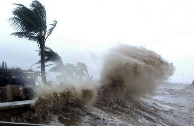 Chung tay giúp đỡ đồng bào miền Trung bị thiệt hại do lũ lụt