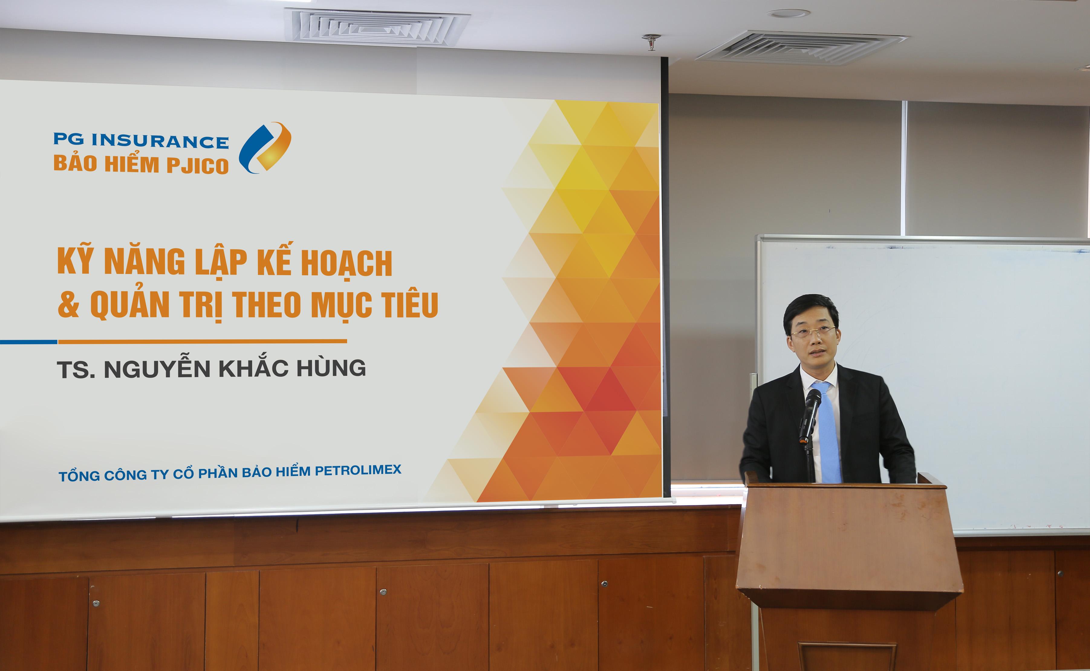 """PJICO tổ chức khóa đào tạo """"Kỹ năng Marketing và bán hàng"""" cho cán bộ cấp chuyên viên Tổng Công ty"""